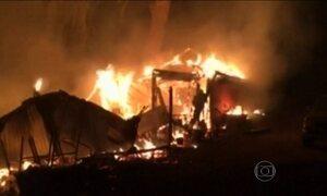 Incêndios na Califórnia já fizeram 23 mil pessoas deixarem suas casas