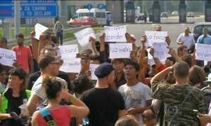 Hungria torna crime a imigração ilegal e prende dezenas de refugiados