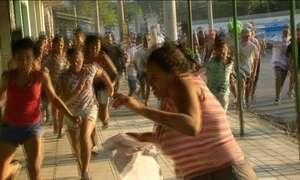 Enterro de criança de 11 anos termina em confronto no Rio de Janeiro