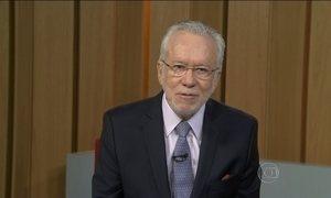 Alexandre Garcia comenta o sigilo de informações no serviço público