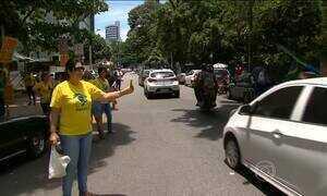 Movimento 'Vem pra rua' faz protestos para apoiar a Operação Lava Jato