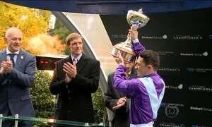 Jóquei brasileiro é campeão em esporte tradicional britânico