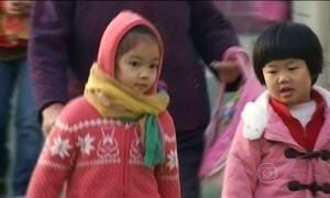 China anuncia o fim da política do filho único após mais de 30 anos