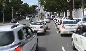 Taxistas param o trânsito das maiores cidades brasileiras