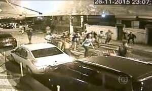 Imagens mostram briga de torcida no Rio de Janeiro