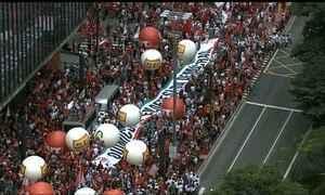 Manifestantes vão às ruas em 25 estados e no DF em apoio à presidente Dilma
