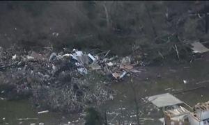Mais de 20 tornados matam 14 pessoas nos EUA