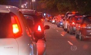 Chuva e obras travam o trânsito no Rio de Janeiro
