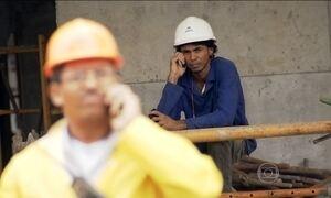 Uso do aparelho celular é motivo de preocupação nos canteiros de obras