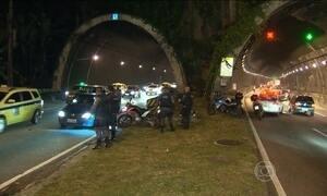 Assalto provoca pânico no túnel Rebouças, no RJ
