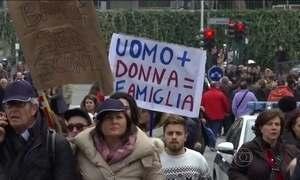 Mais de 300 mil vão às ruas de Roma em defesa da família tradicional
