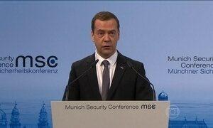 'Mundo corre risco de entrar em nova guerra fria', diz primeiro-ministro russo