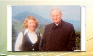 Cartas mostram relação próxima entre João Paulo II e mulher casada