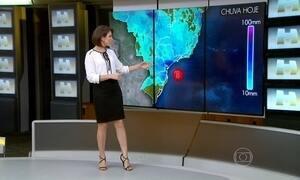 Previsão é de chuva forte em SC, no leste do PR e no sul de SP