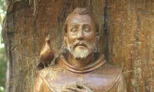 Exclusivo web: Velho Chico inspira arte de esculpir santos na madeira