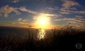 Ilha Martim Vaz recebe o primeiro nascer do sol do Brasil