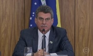 Jucá diz que a permanência dele como ministro depende de Temer