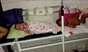 Médicos usam contêineres para atender crianças em Recife
