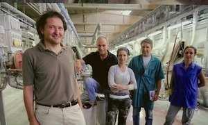 Projeto de operários italianos faz empresa falida voltar a funcionar