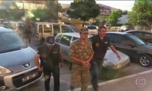 Policiais turcos são afastados por suspeita de envolvimento em conflito
