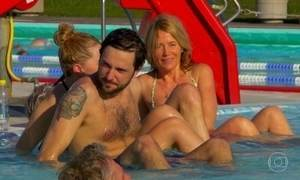 Capital da Islândia tem piscinas públicas aquecidas a 40 graus