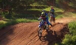 Hoje é dia de andar de moto: motocross