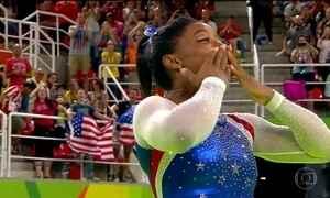 Simone Biles confirma favoritismo e fatura o segundo ouro na Olimpíada