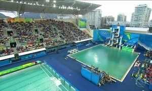 Água de piscina do Parque Aquático Maria Lenk continua verde