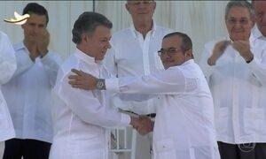 Governo da Colômbia e Farc assinam acordo de paz