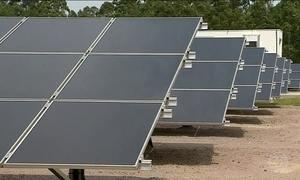 Painéis solares são alternativa para gerar energia consumida em casa