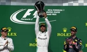 Nico chega em 2º no GP de Austin e segue com chance de ser campeão