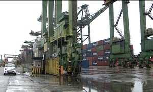Paralisação de servidores da Receita Federal afeta transporte de cargas