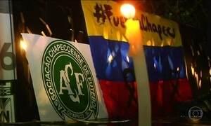 Homenagens à Chapecoense se espalham pelo mundo