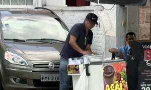 Comércio de produtos nas ruas vira alternativa para desempregados
