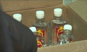 Após mortes por ingestão de loção, Putin restringe venda de produtos com álcool