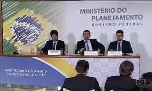 Especialistas condenam reajustes de servidores autorizados por Temer