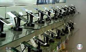 Tarifas de ligações de aparelhos fixos para celulares terão redução