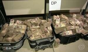 Polícia do RJ apreende R$ 12 milhões em moeda venezuelana em favela