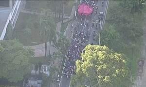 Cidades têm paralisações e protestos contra reformas do governo