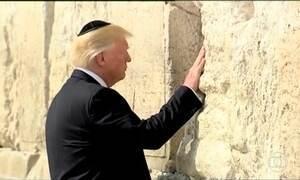 Trump chega a Israel e visita Muro das Lamentações