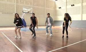 Aprenda a coreografia dançada por Gretchen no clipe 'Swish Swish'