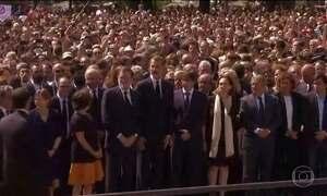 Espanhóis se mobilizam e se solidarizam às vítimas do atentado