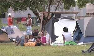 Venezuelanos em fuga chegam a Roraima, mas acolhida é precária