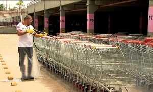 Lei obriga supermercados a higienizarem cestas e carrinhos