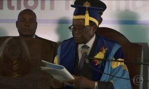 No Zimbábue, Mugabe aparece pela primeira vez após exército assumir