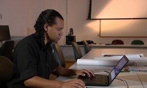 Sobrevivente da boate Kiss faz estudo sobre segurança em casas noturnas