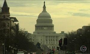 Senado dos EUA fecha acordo para fazer governo voltar a funcionar