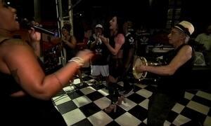 Adriele Silva vai sambar com próteses na Avenida