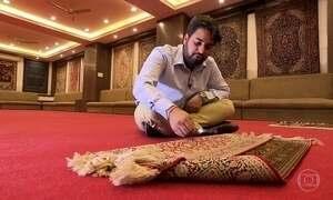 Tapete indiano que demorou 18 anos para ser feito é vendido por US$ 20 mil