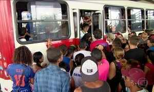 Circulação de ônibus melhora, mas ainda não foi regularizada